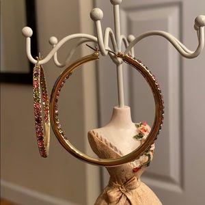 Gloria Vanderbilt multi-stone earrings